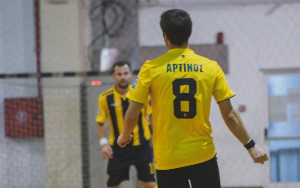 Ξανά νίκη με 6-1 η ΑΕΚ και δίκαια στους τελικούς